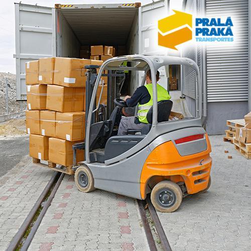 Transportadora de equipamentos